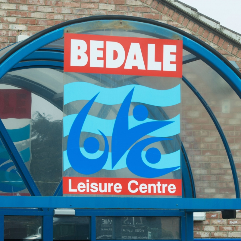 Bedale leisure centre logo outside